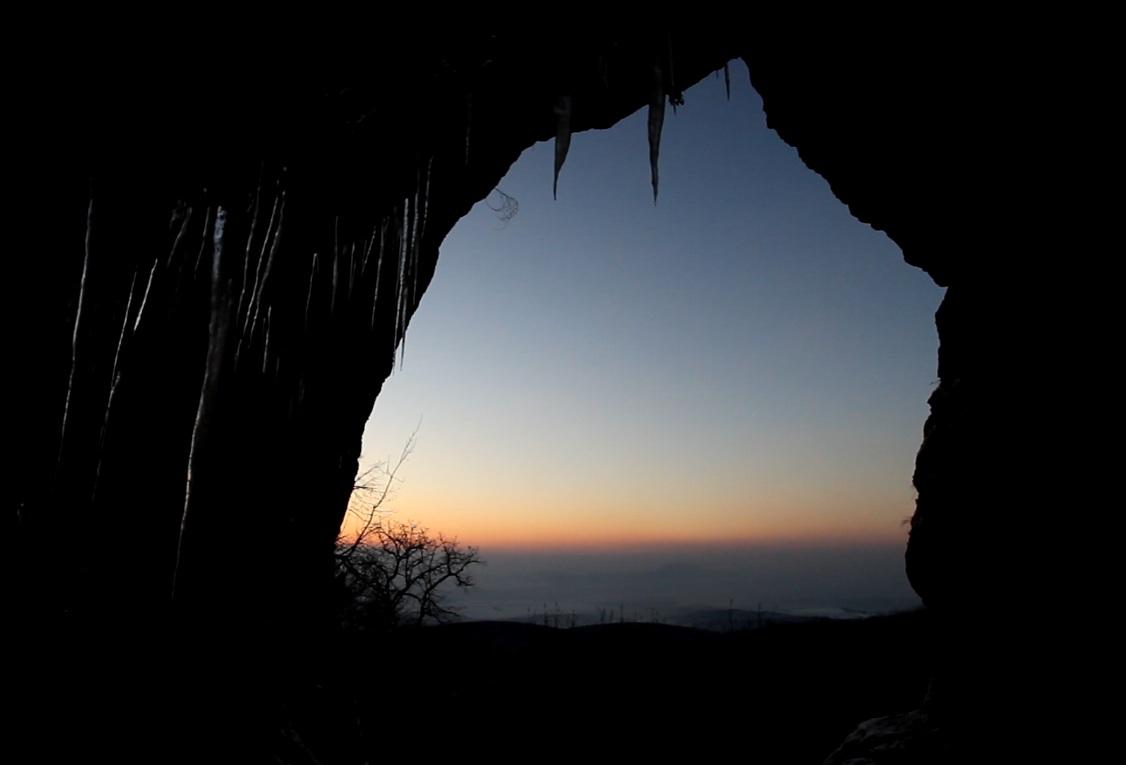 Legény-barlang, naplemente
